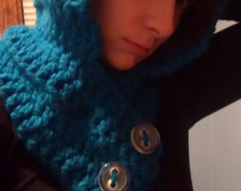Teal hooded cowel