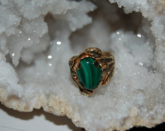 malachite in gold ring