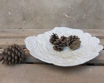 Organic and irregular texture ceramic decorative tray