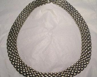 A Mesh Metal Link Modernist Necklace J15