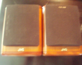 Here is a pair of JVC sp-ux7000 compact full range speakers