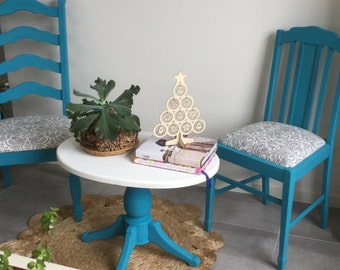 Vintage chairs and coffee table