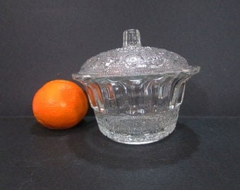 Vintage Sugar bowl /  Glass Sugar bowl /  Sugar Bowl with Lid /  Old Sugar Bowl /  Vintage bowl /  Bowl with Lid /  Home decor
