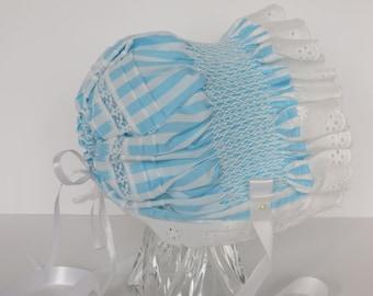 HAND SMOCKED Baby BONNET / Blue Baby Bonnet / White Eyelet Bonnet - M102