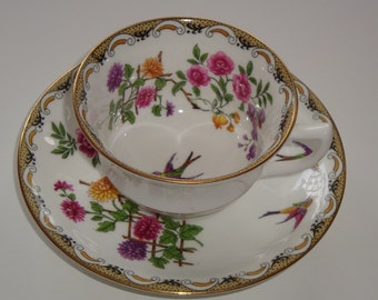 Aynsley Mums and Roses with Bird Tea Cup and Saucer Duet #H570