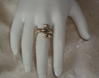 Vintage Sterling Silver Dolphin Ring ~ FANTASTIC