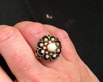 10k Gold & Opal Ring