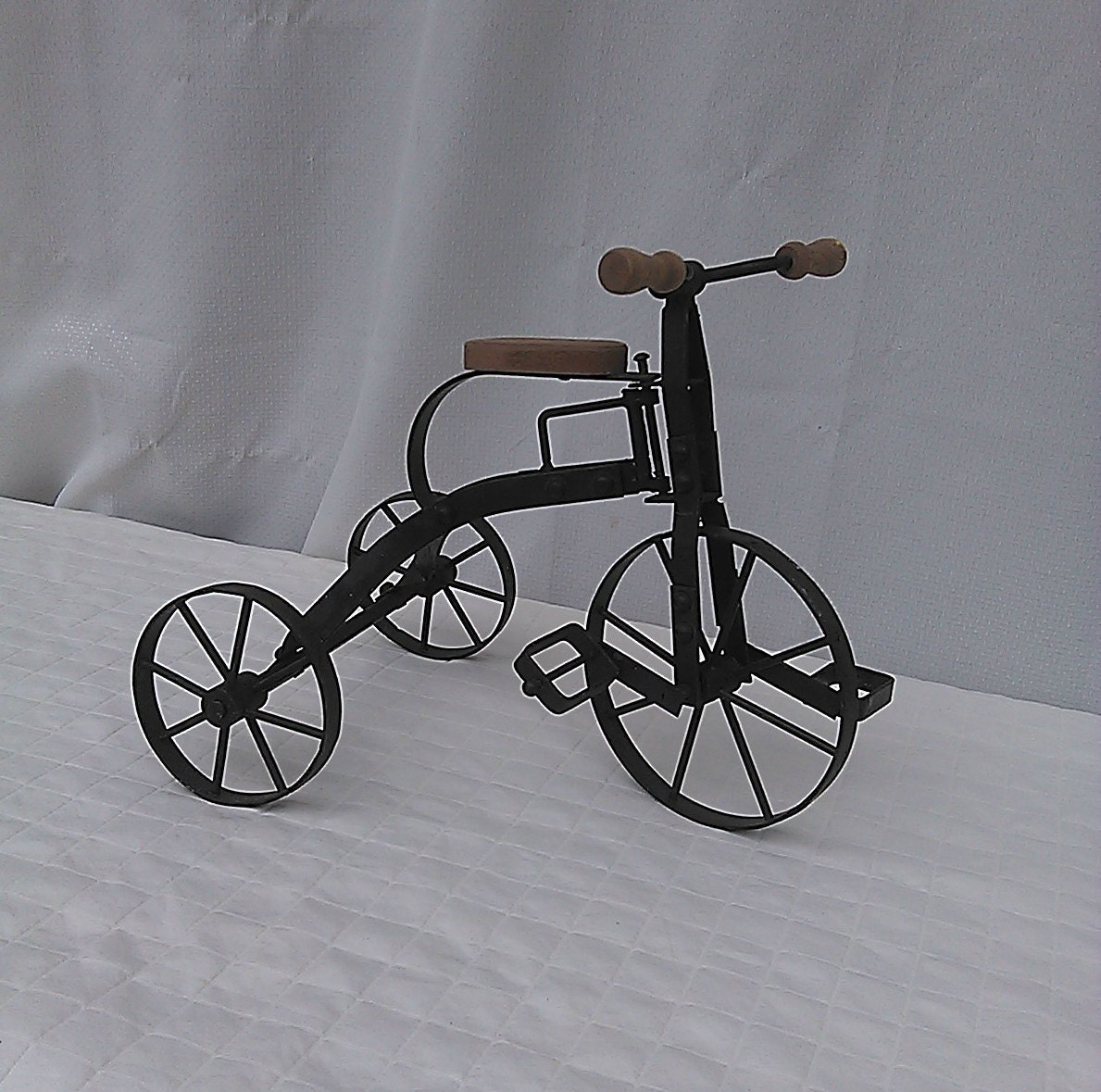 Makers Of Antique Tricycles : Vintage antique tricycle toy art model sculpture by