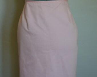 Pink knee length pencil skirt