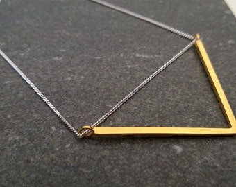 V NECKLACE Geometric Delicate Sterling Silver