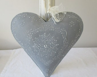 BIG heart grey METAL patina white zinc - suspend - unique piece - painted and weathered hand