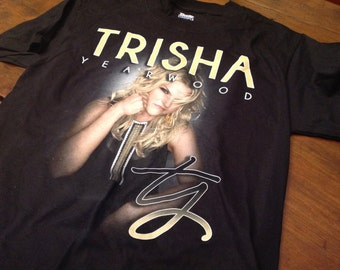 Trisha Yearwood shirt - SM