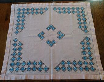 Vintage Handmade Embroidered Tablecloth, Vintage Traditional Bulgarian Hand Embroidery, Ethnic Style, Needlework, Vintage Folk Art