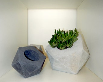 Small Geo Concrete Planter