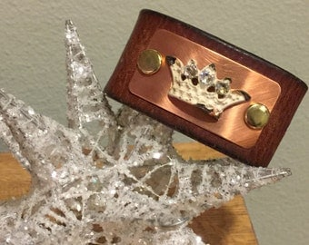 Custom crown cuff