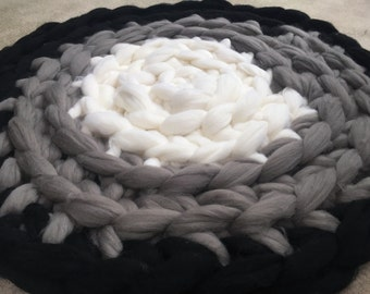 Rug, Chunky Knit Rug, CIrcular Chunky Rug, Merino Wool Rug