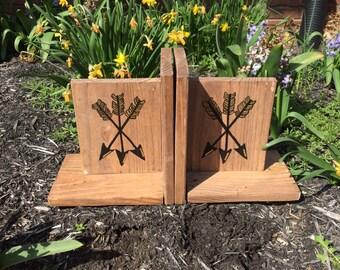 Arrow wooden Bookends