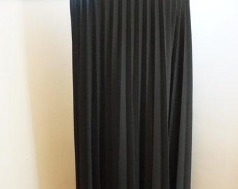 Vintage 1960's / Pleated Skirt / Maxi Skirt