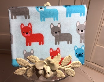 Urban Zoologie Flannel Dogs by Ann Kelle FAT QUARTER for Robert Kaufman fabric Dogs on Blue background