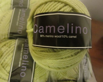 Camelino with Merino Wool & Camel in bright green Celery color
