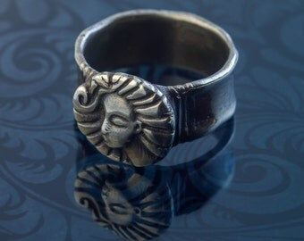 Sterling Silver Ring with face, pagan moon goddess, pagan jewelry, statement ring, Art Nouveau Style, Contemporary Ring, Sun Moon Jewelry