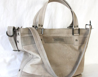 Weekender / travelbag n light grey from lambskin