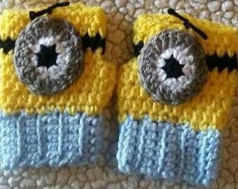 Crochet Minion Fingerless Gloves