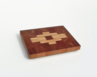 End grain decorated cheese board /Cherry, maple/