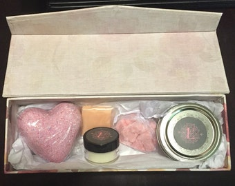 "Valentine's Day ""Spoil Me"" Set"