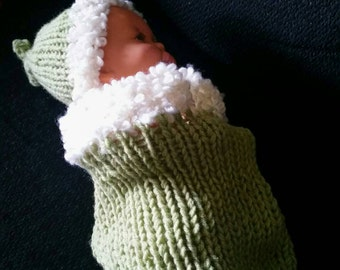 Baby cocoon wrap with matching hat by Liz
