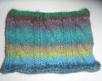 Cable-Knit Cowl