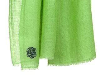 100% cashmere scarf - Apple green (SHKD50)