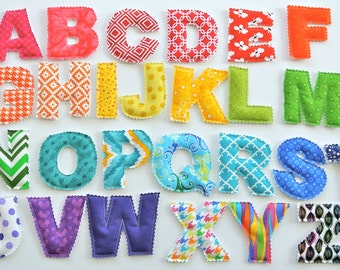Uppercase letter/number 0-9 set - rainbow/multicolor