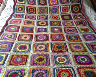 Cosy colourful circles crochet blanket - single bedspread - throw