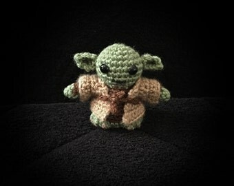 Star Wars inspired Yoda Mini Amigurumi