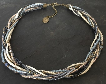 Tohoperlen necklace in Midnight Blue / beige
