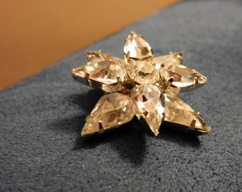Vintage Star Shaped Brooch