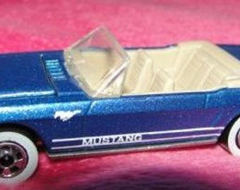 Hot Wheels Car - 1983 Mustang - Blue - SKU 1251