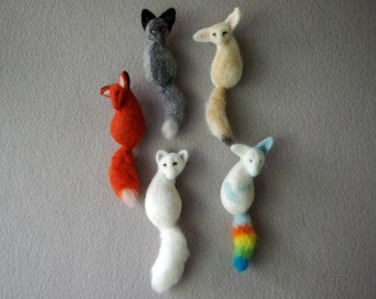 Fluffy Tail Fox Brooch, Needle felted brooches, Fox Pin (red fox, silver fox, fennec fox, arctic fox, rainbow fox)