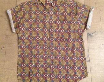 SALE - MENS   Vintage classical print shirt   Size - SALE