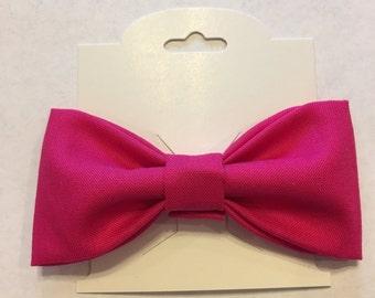 Dark pink bow clip