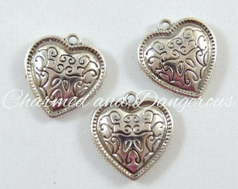 10 pewter Filigree Heart charms (CM111)