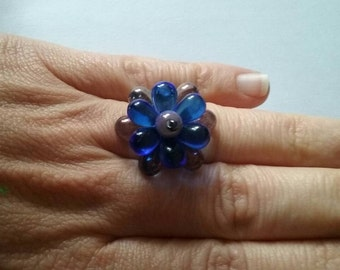 Ring drop blue and violet.