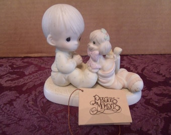 "Precious Moments Figurine, ""The greatest gift is a Friend""  from 1987, (#8/1)"