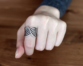 925 Sterling Silver Wide Wave Statement Ring