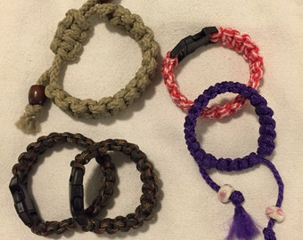 Bracelets : Draw String or Casp Closure