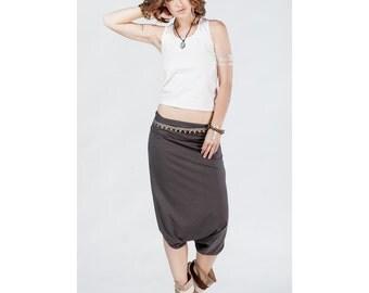 Ethnic Indian summer gray cotton pants-skirt, Comfortable pants, Summer pants, Casual capris, Cotton pants, Original cropped pants, Capris