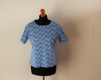MARIMEKKO Womens shirt Blue White Unikko shirt Blue poppies shirt  Short sleeve Medium to Large