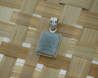925 Sterling Silver Pendant With 16 x 20 mm Rectangle Shape Aventurine Gem Stone
