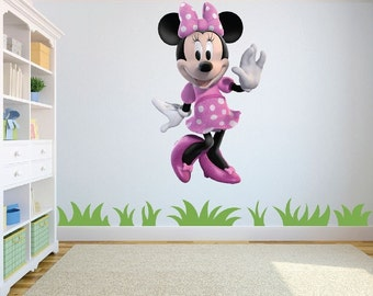 Minnie Mouse Pink and White wall art sticker/decal childs bedroom/playroom w 39 cm x h 61 cm